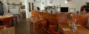 Binnen bar In Den Swarten Hondt